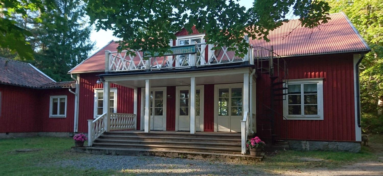 Eget-hus-i-stockholms-skärgård